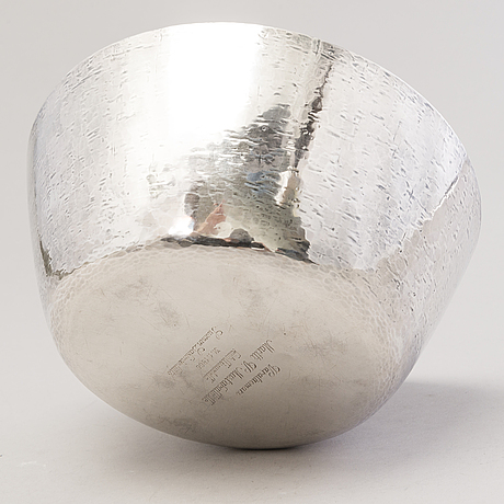 Tapio wirkkala, malja, hopeaa, leimasigneerattu tw, kultakeskus, hämeenlinna 1965.