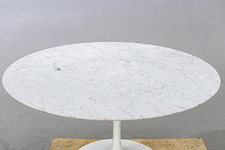 "Eero saarinen, table, ""tulip"", knoll international, second half of the 20th century."