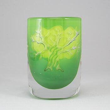 "OLLE ALBERIUS, an ""ariel"" glass vase, Orrefors, Sweden 1978."