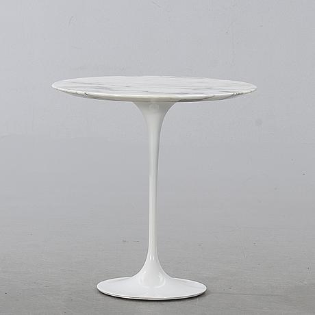 Eero saarinen, side table, 'tulip', knoll studio, 21st century.