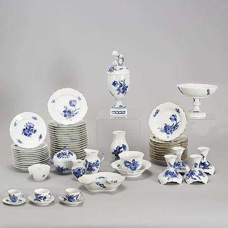 Royal copenhagen, a 'blå blomst' coffee service, denmark, second half of the 20th century (90 pieces).