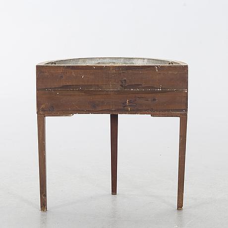 Blombord empirestil omkring 1900.