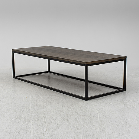 A 'dover' coffee table from slettvoll, 2015.