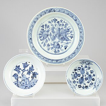 Three blue and white dishes, Ming dynasty, circa Zhengtong, for the South east asian market.
