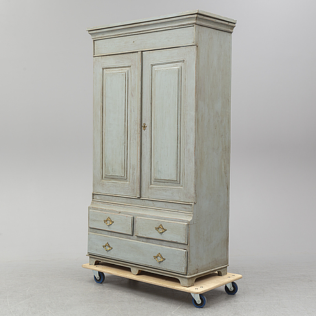 A cupboard, first half of the 19th century.