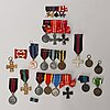 20 mounted finnish wwii badges, 6 miniatures.