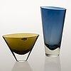 Kaj franck, two model kf 234 glass vases, signed k. franck nuutajärvi notsjö -61 and -62.