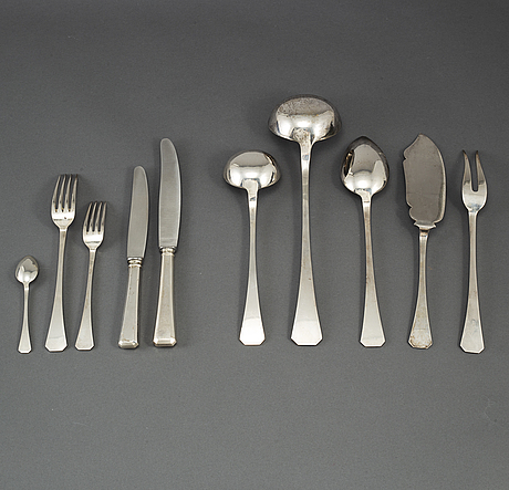 35 psc silver cutlery, hungary mid 20th century.