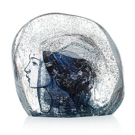 "Sini majuri,  skulptur, ""silence"", signerad sini majuri 2019, suomenlinna."