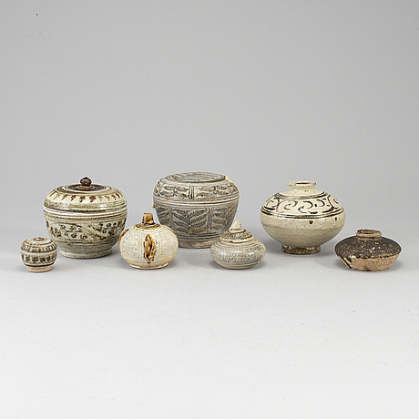A group of south east asian ceramics, part sawankhalok, 15th/16th century.
