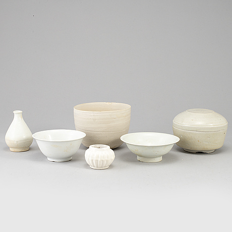 A group of white glazed south east asian ceramics, song style, 20th century. (6 pieces).