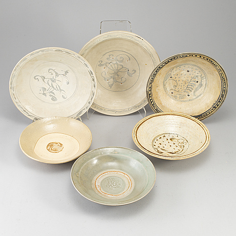 A group of six ceramic dishes, southeast asia, presumablue 15th, also 19th century.