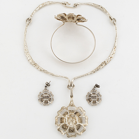 Theresia hvorslev, necklace, bangle, earrings.