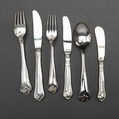 Cohr, a part silver cutlery, denmark, mid 20th century (52 pieces) + 6 pieces bl.a. mema, 1990-2000's. weight 2900 gram.