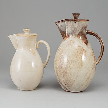 OTTO LINDIG, two stoneware cocoa pots from Liebfriede Bernstiel, Germany, circa 1923.