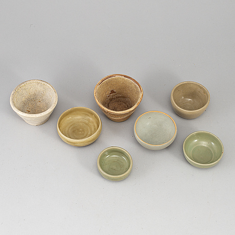 A group of six southeast asian ceramic bowls/jars/pots, mostly 19th century.