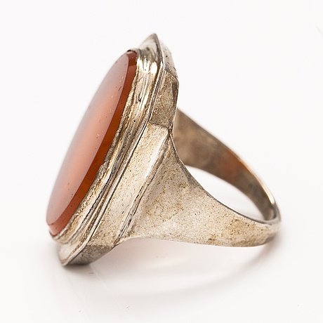 A silver sinet ring with a carneol by anders johan roos, tampere, finland 1842.