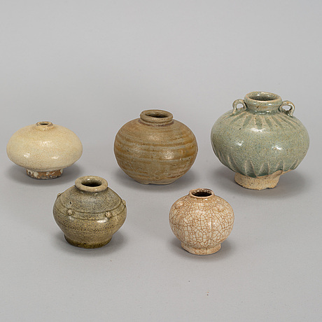 A group of five southeast ceramic jars, 19th century.