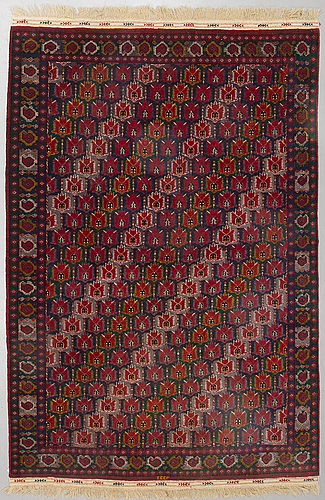 A carpet, old beshir, ca 289 x 186 cm.