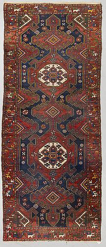 A carpet, semi-antique hamadan, ca 270 x 110 cm.