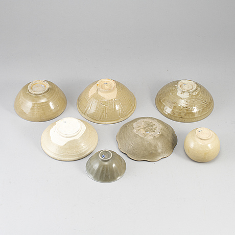 A group of south east asian ceramics, song/yuan style, 20th century and older.