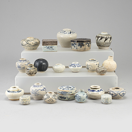 A group of southeast asian ceramic miniatures, 19th-20th century.