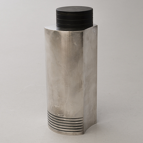 Cocktail shaker, silver plated epns, rubber. guldsmedsaktiebolaget, stockholm.