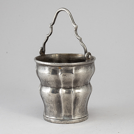 An 18th century pewter holy water bowl.