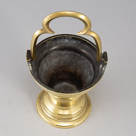 A bronze holy water bowl, 16th/17th century.