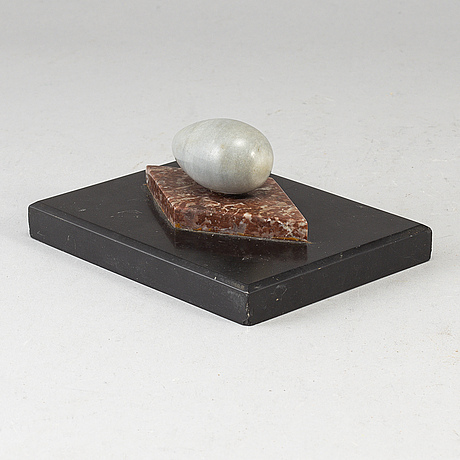 A 19th century marble paper weight.