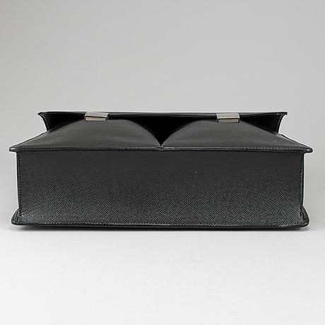 Louis vuitton, a 'serviette kazan' briefcase.