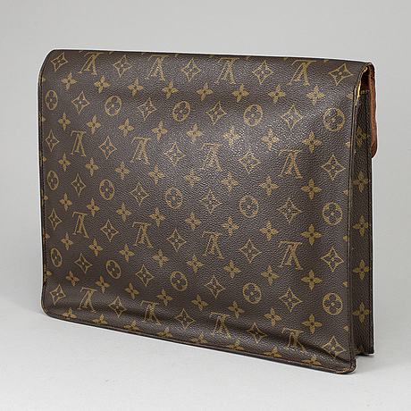 Louis vuitton, 'porte documents senateur'.