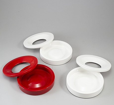 4+1 ashtrays from danese milano, by angelo mangiarotti and franco meneguzzo. 1950-60s.
