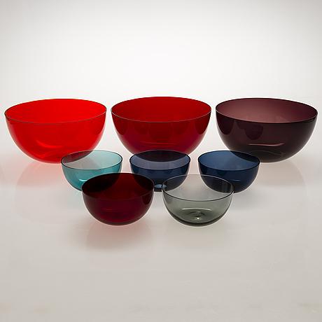 Kaj franck, three serving bowls '1329 ' and five dessert bowls '1340'. nuutajärvi.