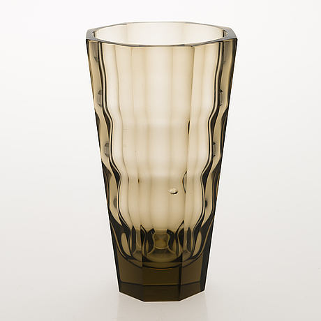"GÖran hongell, a late 1930's glass vase ""optical glass"", karhula."