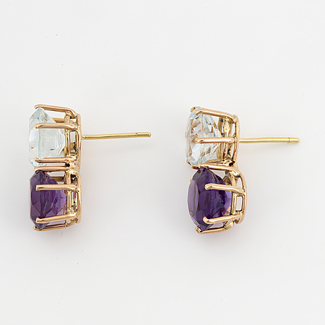 Round faceted aquamarine and amethyst earrings.
