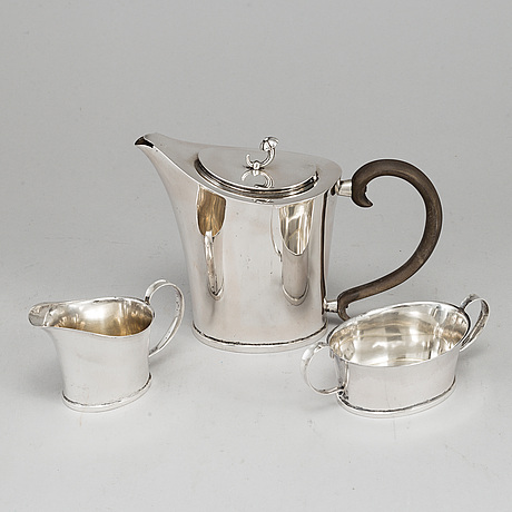 Elis bergh, a silver coffee service from cg hallberg, stockholm, 1934-7.