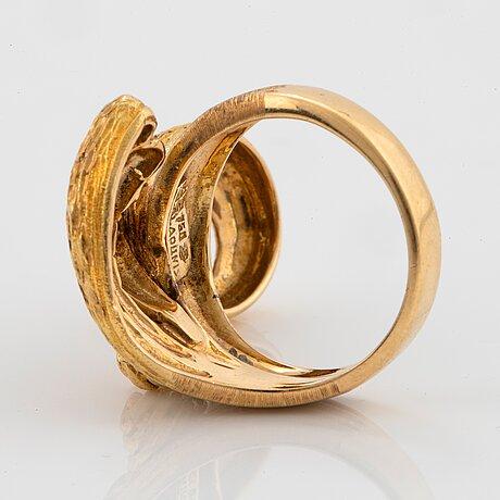 An 18k gold ilias lalaounis ring.