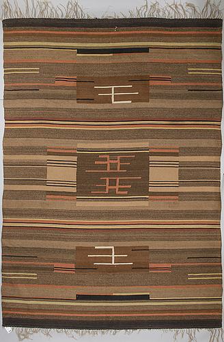 HÅrgarnsmatta, finland, 1930-tal. ca 353x249 cm.