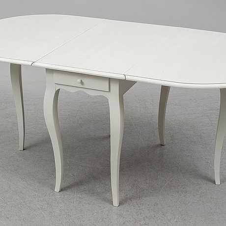 A swedish gateleg table, rococo-style, late 20th century.