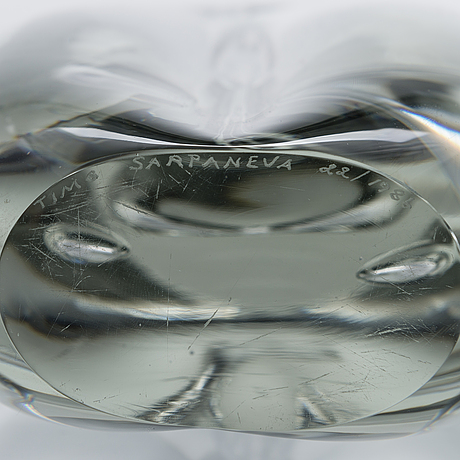 Timo sarpaneva, a 'claritas' glass sculpture signed timo sarpaneva 22/1986.