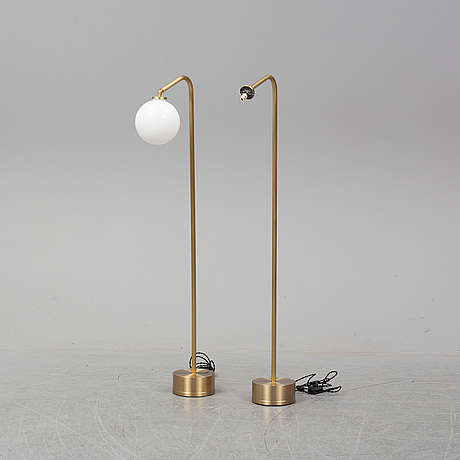A pair of 'oscar' floor lights from cto lighting.