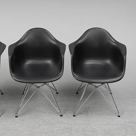 Charles and ray eames,  4  eames plastic armchair, vitra 2010.