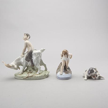 Figuriner 3 st royal copenhagen varav en signerad porslin danmark 1900-talets andra hälft.