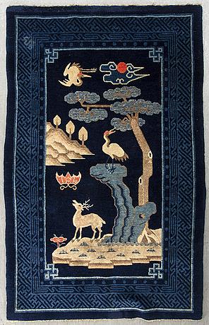 A semiantique bao tou carpet ca 163 x 102 cm.