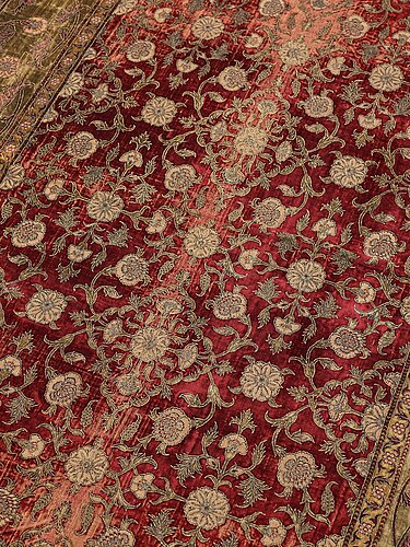 A mughal silk velvet, india, probably the second half of the 18th century, ca 227 x 146,5 cm.