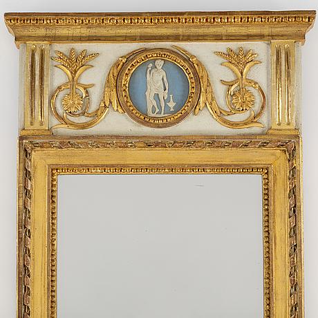 Spegel, sengustaviansk, 1800-talets början.