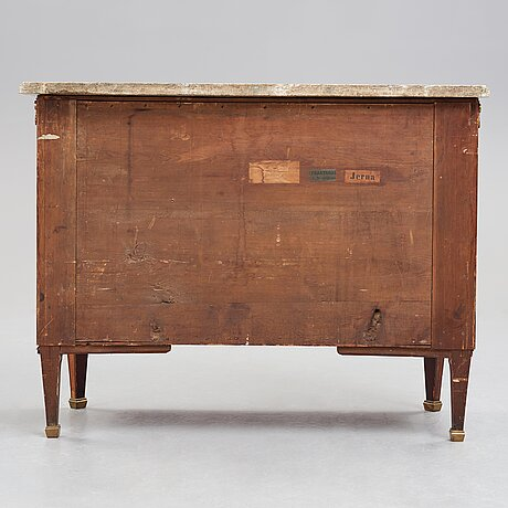 A gustvian late 18th century commode attributed to anders lundelius.
