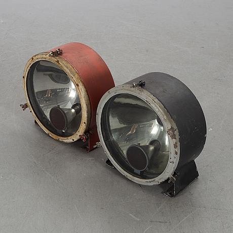 Lampor 2 st 1900-tal för tåg.