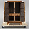 A chinese cabinet, 20th century.